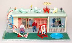 Doll houses 50s 20