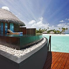 Wow...Stunning.  I love tropical places