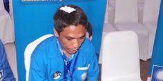 "ericuhan terjadi dalam Kongres Partai Amanat Nasional IV di Hotel Westin, Nusa Dua, Bali, Sabtu (1/3/2015) siang. Sebanyak sepuluh kursi melayang karena dilempar oleh para peserta. Salah satu kursi mengenai Ketua Dewan Pimpinan Daerah Kabupaten Karo, Sumatera Utara, Muhammad Rafi Ginting. ""Kami baru saja pulang dari UGD Rumah Sakit Kasih Ibu, setelah insiden yang terjadi.…"