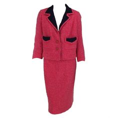 1stdibs | Chanel Haute Couture pink wool suit 1960s