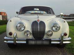 Jaguar Mk II 1961 http://trouwautos.nu/trouwautos/jaguar-mk-ii-1961/