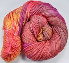 Lofty Worsted Hand dyed yarn - Dahlia colorway by zarzuelasfibers on @Artfire
