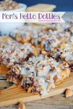 Mom's Hello Dolly Bar Recipe | Delicious and easy