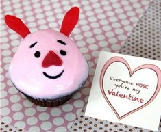 Piglet's Valentine's Cupcakes | Community Post: 19 Lovely Cupcakes To Make This Valentine's Day
