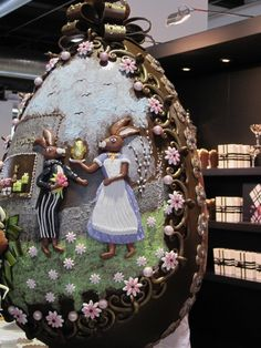Salon du chocolat Zurich Chocolate World, Love Chocolate, Easter Eggs, Easter Food, Chocolate Sculptures, About Easter, Sugar Art, Easter Recipes, Recipies