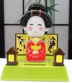 I have one of these solar powered bobble head geishas. I love it! New in Toys & Hobbies, Electronic, Battery & Wind-Up, Electronic & Interactive