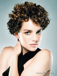 Photo of 2007 tight curls hairstyle