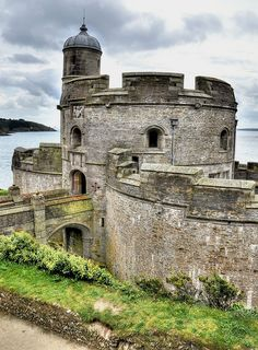 St Mawes Castle and its larger sister Pendennis  ~ were built as part of the defensive chain of fortresses by Henry VIII to protect the south coast of  Cornwall, England