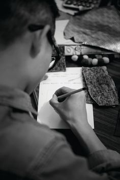 Production of the collection takes place in the Kathmandu area of Nepal, where it employs hundreds of weavers, tailors and other local craftspeople.