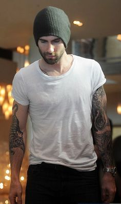 Adam Levine, I would marry this man if I could! He's gorgeous!