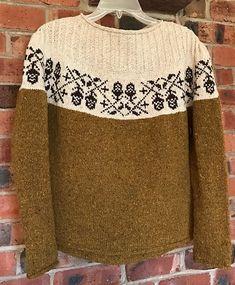 Ravelry: harpknit's Harpknit's Acorn …pattern by Junko Okamoto Hand Knitted Sweaters, Sweater Knitting Patterns, Knitting Designs, Fair Isle Knitting, Knitting Yarn, Baby Knitting, Old Sweater, Winter Sweaters, Knitwear