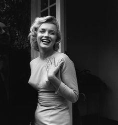 La beauté et les secrets de Norma Jeane allias Marilyn Monroe. Marylin Monroe, Fotos Marilyn Monroe, Marilyn Film, Brigitte Bardot, Glamour Hollywoodien, Old Hollywood Glamour, Classic Hollywood, Hollywood Photo, Divas