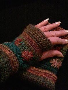Rhett Flower Bursts Fleece Lined — Alily Crochet