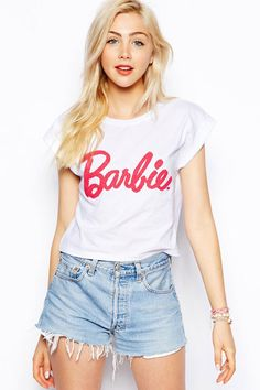 Buy ASOS Cropped T-Shirt with Barbie Caviar Beading at ASOS. Get the latest trends with ASOS now. Chic Black Outfits, Casual Outfits, Cute Outfits, New Fashion, Fashion News, Fashion Outfits, Womens Fashion, Ladies Fashion, Barbie Style