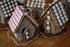 Kuvahaun tulos haulle piparkakkutalo koristelu Xmas, Christmas, Bakery, Gingerbread Houses, Cookie, Dreams, Recipes, Biscuit, Weihnachten