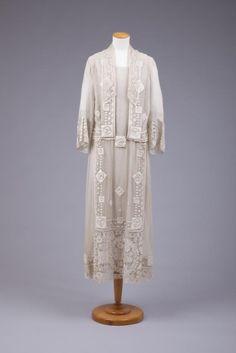 Dress 1923-1925.