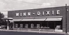 Winn-Dixie Food Store Another Store I Frequented With My Mom As A Child That Has Since Been Killed Off By The Big Conglomerate Stores. Old Florida, South Florida, Southern Comfort, Southern Charm, Natchez Mississippi, Vintage Diner, American Restaurant, Down South, Good Ole