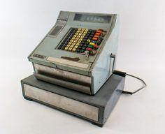 """DDR Museum - Museum: Objektdatenbank - """"Registrierkasse OKA"""" Copyright: DDR Museum, Berlin. Eine kommerzielle Nutzung des Bildes ist nicht erlaubt, but feel free to repin it!"""