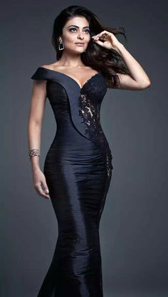 Formal Dresses Designer Names neither Fashion Nova Tunic Dress and Dillards Evening Gowns On Sale along with Evening Gowns Elegant beside Like New Dress Fashion Nova Elegant Dresses, Sexy Dresses, Nice Dresses, Prom Dresses, Formal Dresses, Robes Glamour, African Fashion Dresses, Dress Fashion, Boho Fashion