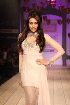 Karishma Kapoor Showstopper at LFW Summer Resort 2013.