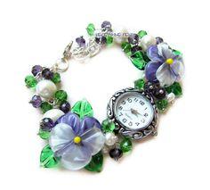 `Крокус` наручные часы с бусинами лэмпворк. Часики со стеклянными анютиными глазками    Подробнее о том, как заказать товар, Вы можете узнать в правилах магазина www.livemaster.