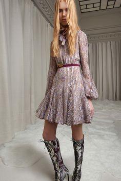 http://www.vogue.com/fashion-shows/pre-fall-2016/giambattista-valli/slideshow/collection