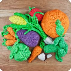 Knitted Vegetable Set: Broccoli, Eggplant, Carrots, Tomato, Onions, Corn, Artichoke, Mushroom & Pumpkin