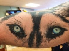 The 14 Coolest Husky Tattoo Designs In The World Husky Tattoo, Rip Tattoo, Wolf Tattoos, Animal Tattoos, Paw Tattoos, Husky Eyes, Rip Dog, Wolf Eyes, Ink Art