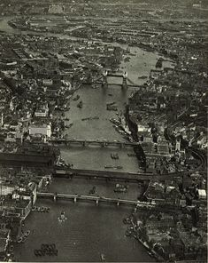 Wonderful! London from the air before skyscrapers  the impact of WWII. A shot from c.1935 #London #History