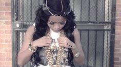 Honey Cocaine - All Gold Eythang (Official Video) - YouTube