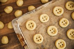 buttons cookies