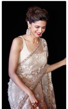 Sleeveless straps blouse Off white Saree Deepika Padukone