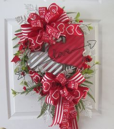 Valentine Wreath Love Hearts Red Roses Valentine Ribbons