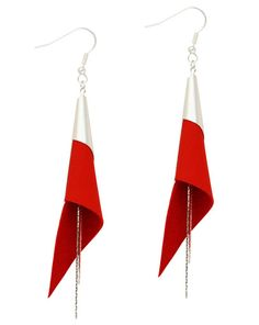 boucles d'oreilles cuir - leather earrings - boucles d'oreille arum - boucles d'oreilles rouge - bijoux en cuir - Made by S▲R▲Y▲N▲- 28€  www.sarayana.fr