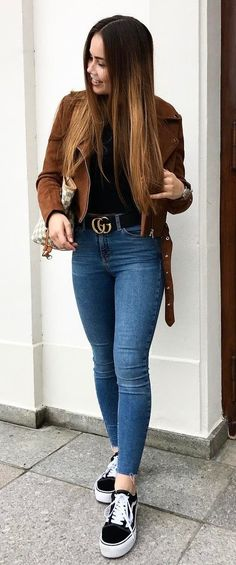fall outfit idea / brown jacket + bag + top + skinnies + sneakers