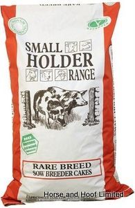 Allen Page Small Holder Range Rare Breed Sow Breeder Pencils Small Holder Range Rare Breed Sow Breeder Pencils are a high protein food source for gestating or lactating sows that need the extra energy. High Protein Recipes, Protein Foods, Snack Recipes, Pig Feed, Pet Accessories, Poultry, Range, Cakes, Animal