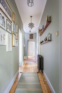 Hallway decor home wall colour, hallway wall colors, hallway walls Hallway Wall Colors, Dark Hallway, Hallway Wall Decor, Hallway Walls, Upstairs Hallway, Entryway Decor, Hallway Ideas, Entryway Ideas, Hall Way Decor