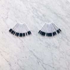 You can never have too many lashes... or lash wands. Stock up to share the love and send some home with all your clients! Find them on borboletabeauty.com.  | #borboletabeauty #eyelashextensions #eyelashes #eyelashartist