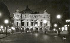 PARIS 1937 - Place de l'Opera la nuit