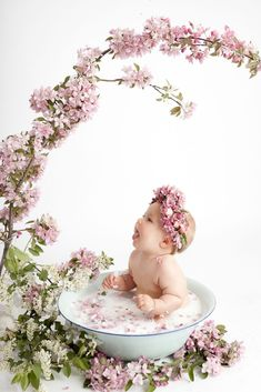 baby milk bath floral milk bath vintage basin fresh florals botanical milk bath studio milk bath baby sitting in vintage basin with flowers edm Milk Bath Photography, Baby Girl Photography, Vintage Photography, Children Photography, Photography Flowers, Photography Ideas, Photography Portraits, Milk Bath Photos, Bath Pictures