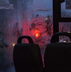 Neon Rain Aesthetic: Photo - All Ideas Night Aesthetic, Red Aesthetic, Aesthetic Photo, Aesthetic Pictures, Nature Aesthetic, Paradis Sombre, Wow Art, Melancholy, Nocturne
