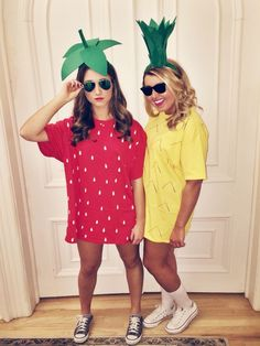 halloween costumes ideas Strawberry and Pineapple best friend Halloween costumes