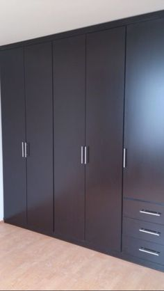 Best Modern Cupboard Design Ideas For Clothes Wardrobe Room, Wardrobe Design Bedroom, Bedroom Furniture Design, Bedroom Bed Design, Home Decor Furniture, Home Decor Bedroom, Closet Bedroom, Bedroom Cupboard Designs, Bedroom Cupboards