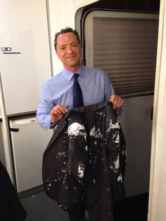 And this is how #Scandal pranks Josh Malina!