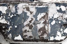 Rusty Old Door - Fototapeten & Tapeten - Photowall