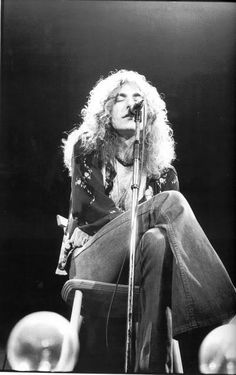 "Led Zeppelin Live Acoustic Set | Robert Plant singing ""That's The Way"" - ""Oh, that's the way it ought to BE""!!!"