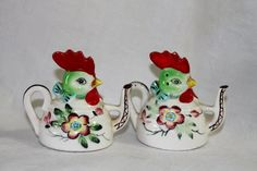adorable! Rooster Chicken Teapot Salt and Pepper by mylilshabbycottage, $12.50