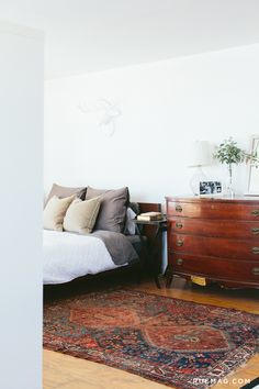 9 Decorating Styles According to Your Personality: CLASSIC MASCULINE   Rue