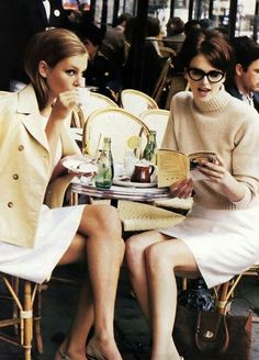 "Models Bridget Hall & Kylie Bax at Paris café reading for Silk Cuts, Vogue US, January Photographer: Pamela Hanson. ""Fashion's 'lady' is loosening up – still chic, still polished, just not no. Ladies Who Lunch, Parisienne Chic, Style Work, Mode Style, Style Blog, Parisian Cafe, Parisian Style, Parisian Chic Fashion, French Fashion"