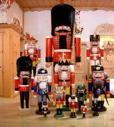 German Nutcrackers Christmas Source: http://www.muggendorf-nutcracker.de